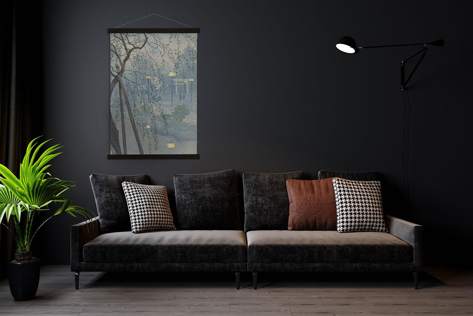 Wandkleed op donkere muur in japanse stijl